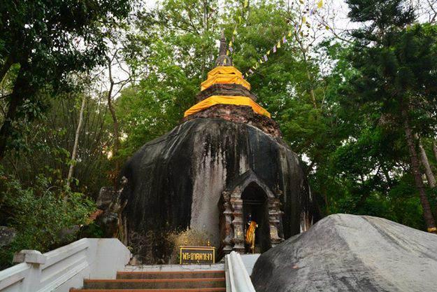 Templo ed Wat Phratat Pha Ngao en Chiang Saen