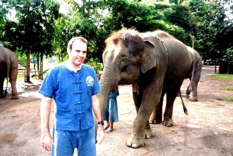 Excursion en Chiang Mai con curso de cuidador de elafantes incluido