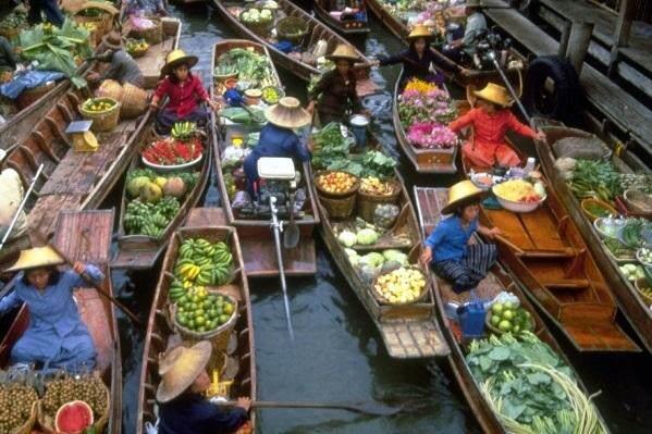 mas sobre el mercado flotante de bangkok
