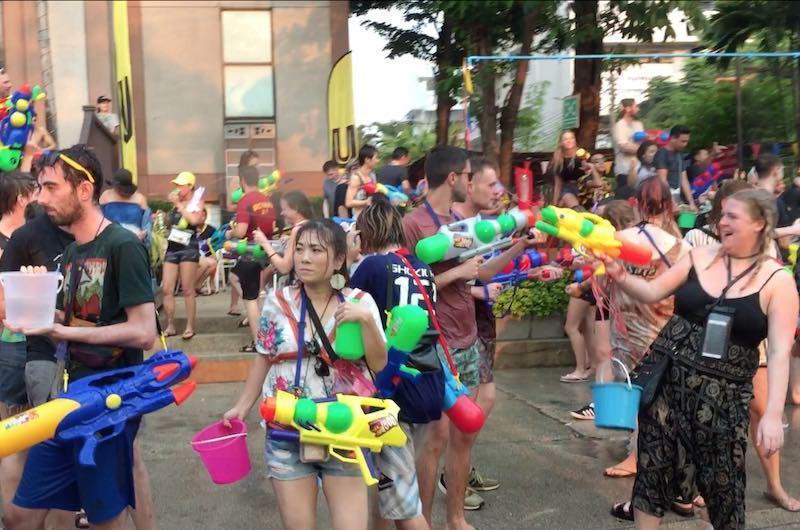 visitar tailandia : Festival del Songkran