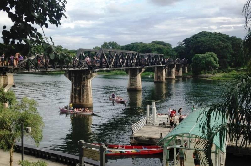 Visita al uente sobre el Rio Kwai en tu viaje a Tailandia en 15 días