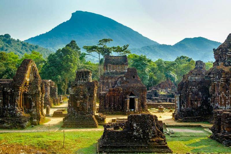 Templos Hinduistas de Myson en los alrededores de Hoi An