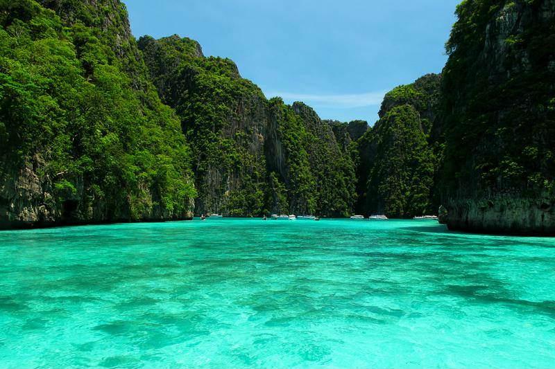 Excursion desde Phuket a las Islas Phi Phi en lancha rápida
