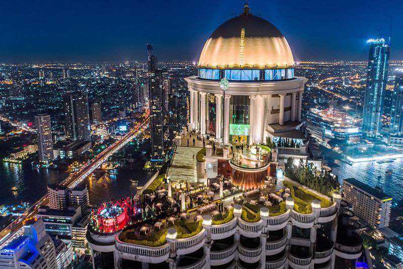 Restaurante Mezzaluna en Bangkok