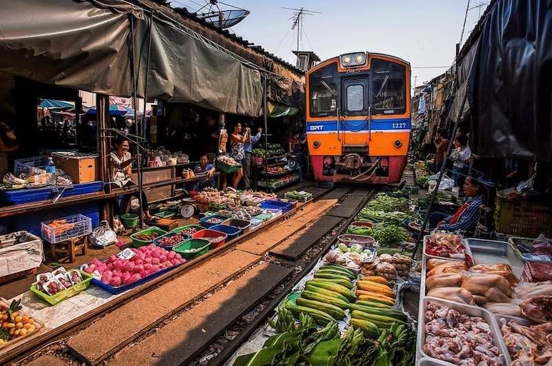 Ver en Bangkok El Mercado del Tren