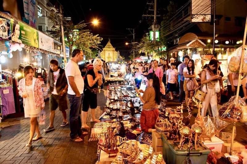 Mercadillo de los Domingos en Chiang Mai