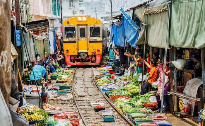 Visitar Tailandia en 12 días mercado del tren