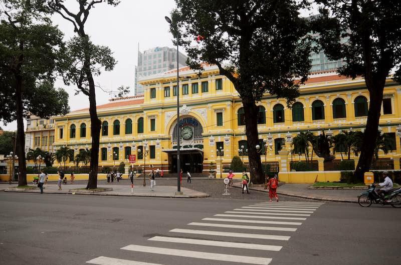 Viaje a Vietnam en 10 días : La oficina de correos