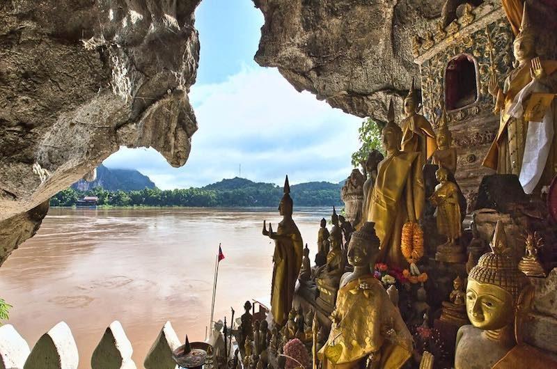 Vietnam y Laos cuevas de Pak Ou