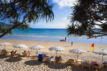 La playa de Kata en Phuket