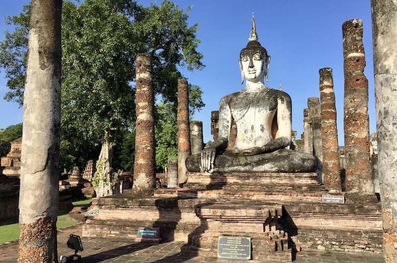 sitios para visitar en Tailandia: Wat Mahatat en Sukhotai