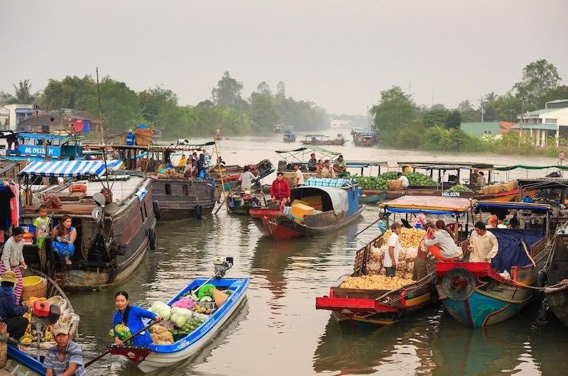el mercado flotante de Cairang
