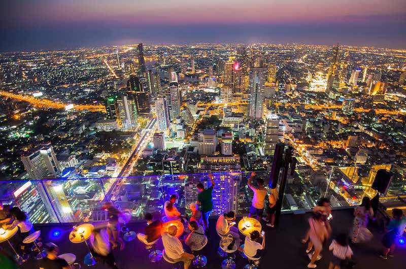 que ver en Bangkok de noche Mahanakhon Rooftop Bar