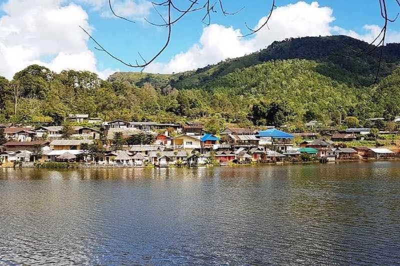 Poblado de Bang Rak Thai