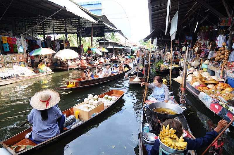 Mercado Flotante Damnoern Saduak