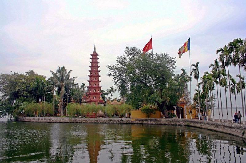 Pagoda de Tram Quoc