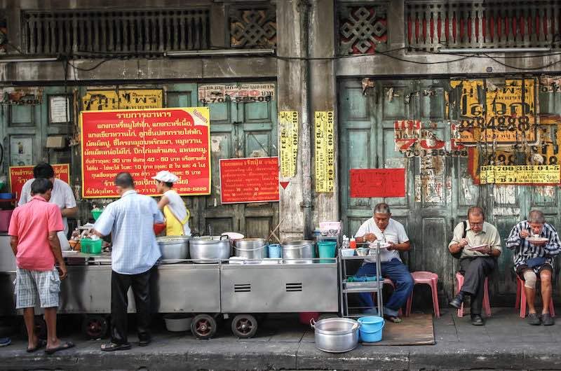 la comida callejera tailandesa