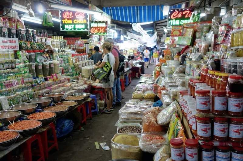 Vietnam en 10 dias mercado de Dong Ba